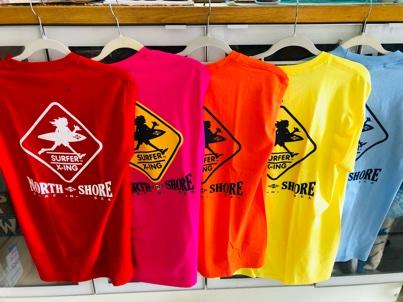 Surf N Sea Tシャツ